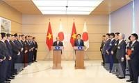 Der Besuch des Premierministers steht in den Schlagzeilen der japanischen Medien