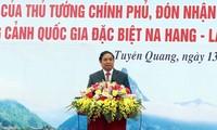 Leiter der Zentralpersonalabteilung der KPV Pham Minh Chinh nimmt an Pflanz-Fest in Tuyen Quang teil
