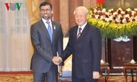 Staatspräsident Nguyen Phu Trong empfängt den Energie-Minister der UAE