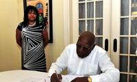 Andenken an den ehemaligen Staatspräsidenten Le Duc Anh in Kuba
