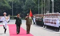 Der Generalstabchef des kubanischen Ministeriums für revolutionäre bewaffnete Streitkräfte zu Gast in Vietnam
