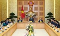 Premierminister Nguyen Xuan Phuc setzt Hoffnung in junge Unternehmer