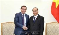 Premierminister Nguyen Xuan Phuc empfängt den Leiter der russischen Behörde für Korruptionsbekämpfung