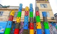 Die Kunststraße erzählt Geschichte über Roten Fluss