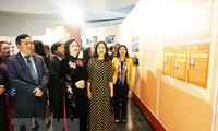 """Ausstellung """"Hanoi, Vertrauen und Ambition zum Aufstieg"""""""