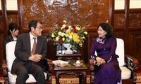 Vize-Staatspräsidentin Dang Thi Ngoc Thinh empfängt den japanischen Botschafter in Vietnam