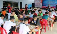 Fast 300 Sportler beteiligen sich an der Schachspiel-Nationalmeisterschaft 2020
