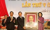 Vize-Staatspräsidentin Dang Thi Ngoc Thinh nimmt an Patriotismus-Konferenz der Provinz Khanh Hoa teil
