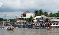 Tra Vinh eröffnet das Bootsrennen zum Ok-Om-Bok-Fest