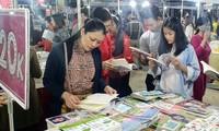 Das erste Buch-Fest Quang Ninh im Jahr 2020