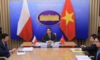 Die politische Konsultation zwischen Vietnam und Polen