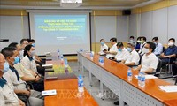Vize-Premierminister Vu Duc Dam überprüft die Covid-19-Prävention in Dong Nai
