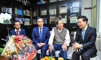 Vo Van Thuong beglückwünscht Künstler zum Neujahr