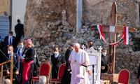 Papst Franziskus besucht die irakische Stadt Mossul