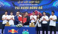 Hoang Anh Gia Lai wählt talentierte Kinder aus Straßenfußball aus