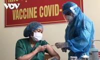 Die 100 ersten Bewohner in Da Nang werden mit Covid-19-Impfstoff geimpft
