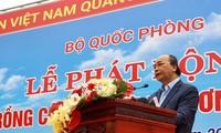 Staatspräsident Nguyen Xuan Phuc nimmt an Baumpflanzen-Fest teil
