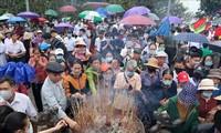 Phu Tho empfängt rund mehr als 60.000 Touristen zum Tempel der Hung-Könige