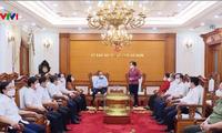 Staatspräsident Nguyen Xuan Phuc trifft die Leiter der Provinz Ha Nam