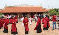 Den Xoan-Gesang im Altdorf in Phu Tho hören