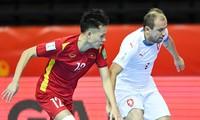 Fußball-Fans in Südostasien zeigen sich stolz über den Sieg der Futsal-Teams Vietnams