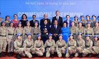 Ehrung der Personen und Einheiten für ihre ausgezeichneten Leistungen bei UN-Friedensmission