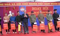 La fête de la grande union nationale célébrée à Bac Kan et à Nghê An