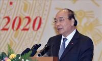 Nguyên Xuân Phuc: Il faut aider les entreprises à prendre le virage numérique