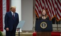 Donald Trump propose Amy Coney Barrett pour la Cour suprême, les démocrates protestent