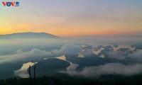 Le lac Tà Dùng, la «baie d'Halong» des Hauts plateaux