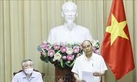 Nguyên Xuân Phuc dirige une réunion sur l'exécution des jugements