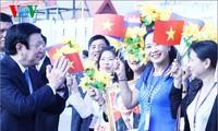 Bà con người Campuchia gốc Việt cảm ơn sự quan tâm của Đảng, Nhà nước