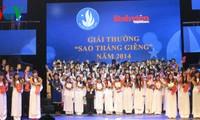 Kỷ niệm 65 năm Ngày truyền thống học sinh, sinh viên và Hội Sinh viên Việt Nam (9/1/1950-9/1/2015)