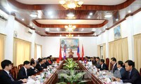 Việt Nam và Lào tăng cường hợp tác ngành tòa án, thanh tra