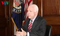 Các Thượng nghị sĩ Mỹ đề nghị bãi bỏ chương trình giám sát cá da trơn