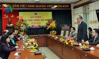 Lãnh đạo Đảng, Mặt trận Tổ quốc Việt Nam chúc mừng cán bộ, y bác sỹ nhân ngày Thầy thuốc Việt Nam