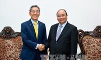 Нгуен Суан Фук принял главу южнокорейской корпорации «KB Kookmin»