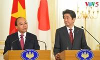 Премьеры Вьетнама и Японии провели совместную пресс-конференцию