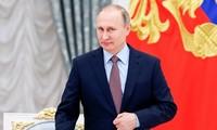Мировые лидеры поздравили Путина с переизбранием на пост президента РФ