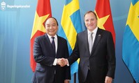 Нгуен Суан Фук провел переговоры со шведским коллегой