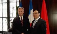 Делегация Компартии Вьетнама посетила Францию с рабочим визитом