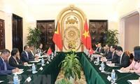Вьетнам и Восточный Тимор расширяют сотрудничество в разных областях
