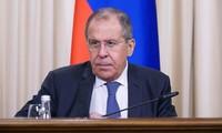 Лавров: Россия выступает за начало диалога по продлению СНВ-3