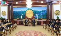 Presiden Laos memberikan apresiasi tinggi terhadap hasil-guna kerjasama antara dua Kantor Kepresidenan Vietnam-Laos