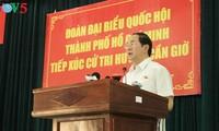 Presiden Vietnam, Tran Dai Quang melakukan kontak dengan para pemilih kabupaten Can Gio, distrik 1, distrik 3 dan distrik 4, kota Ho Chi  Minh