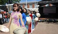 Vietnam menghadiri Festival Musim Seni di Brussel, Swiss