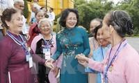 Wapres Dang Thi Ngoc Thinh menerima delegasi orang yang berjasa provinsi Vinh Long