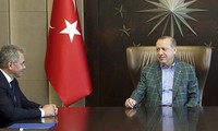 Presiden Turki menerima Menhan Rusia