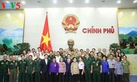 Deputi PM Vietnam, Vu Duc Dam bertemu delegasi peserta Provinsi Bac Kan