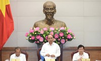 PM Vietnam, Nguyen Xuan Phuc memimpin sidang Pemerintah tentang pekerjaan  legislasi